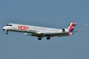 Canadair_Bombardier_CRJ-1000_Hop!_(HOP)_F-HMLC_-_MSN_19006_(9655087113)